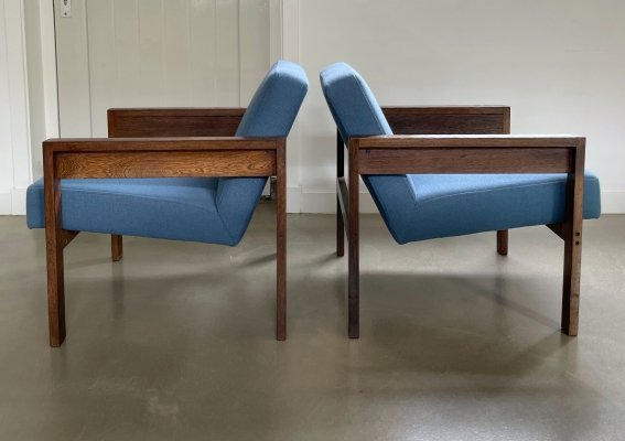 Pair of Wengé lounge chairs by Hein Stolle for 't Spectrum, 1960s