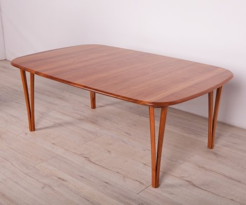 Mid-Century Cherrywood Cofee Table by S. Hansen for Haslev Møbelsnedkeri, 1960