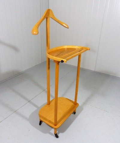 Beech wooden valet stand on wheels, 1960's
