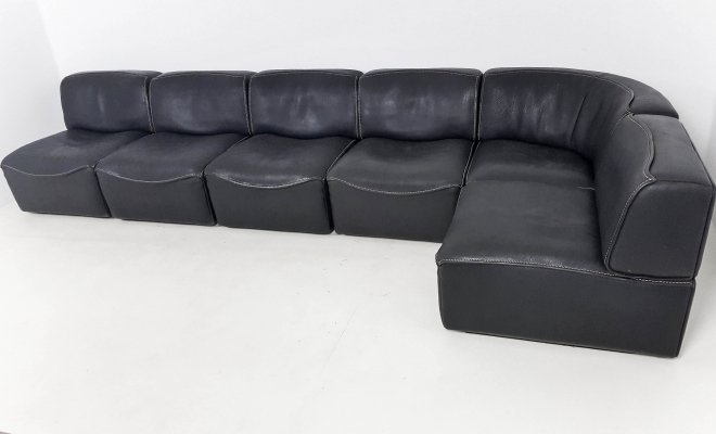 Thick black buffalo leather DS-15 sofa by De Sede, 1970s