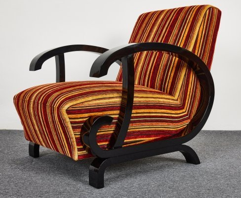Hungarian Art Deco armchair with high gloss black lacquer armrest, 1940s