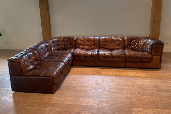 De Sede DS 11 modular 5 element sofa in chocolate brown leather, 1970s