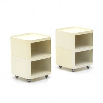 Pair of square 'Componibili' containers by Anna Castelli Ferrieri for Kartell, 1960s