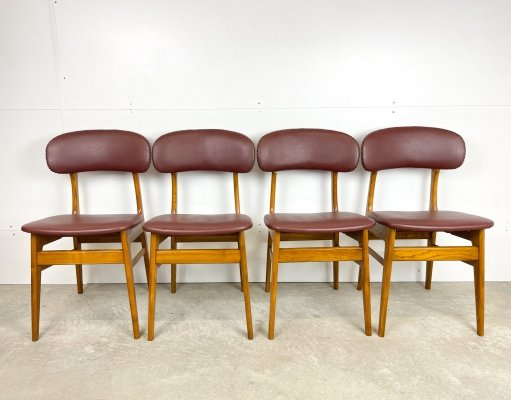 4 Dining room chairs with retro red leatherette