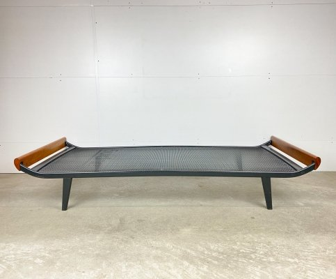 Auping cleopatra daybed by André Cordemeyer