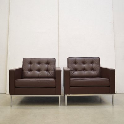 Pair of lounge chairs by Florence Knoll for Knoll, 1990s