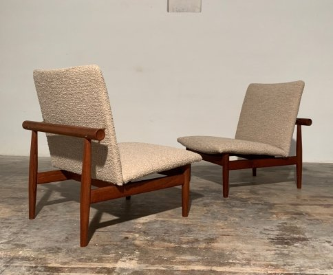 Rare pair of Japan 137 easy chairs by Finn Juhl for France & Son, 1960s