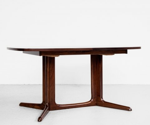 Midcentury Danish oval extendable dining table in rosewood, 1960s