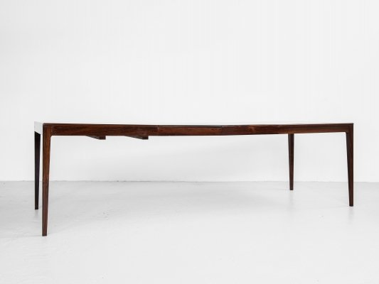 Midcentury Danish dining table in rosewood by Rosengaarden - with 2 extensions