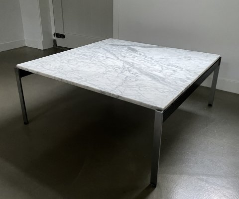 Rare 020 series marble coffee table by Kho Liang le for Artifort, 1950s