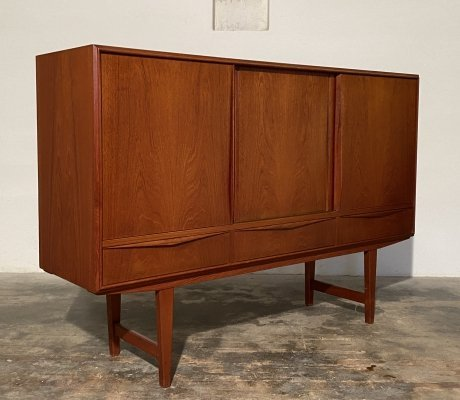 Danish design highboard in teak by E. W. Bach for Sejling Skabe, 1960s