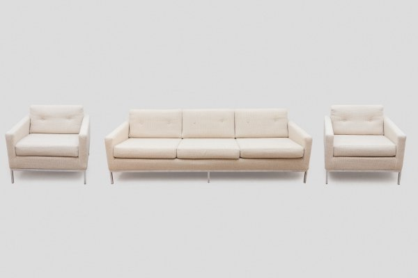 Florence Knoll for Knoll White Sofa & Matching Lounge Chairs Living Room Set