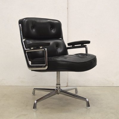 ES108 Lobby Chair office chair by Charles & Ray Eames for Herman Miller, 1970s