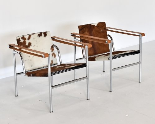 Pair of LC1 lounge chairs by Le Corbusier & Charlotte Perriand for Cassina, Italy 1970s