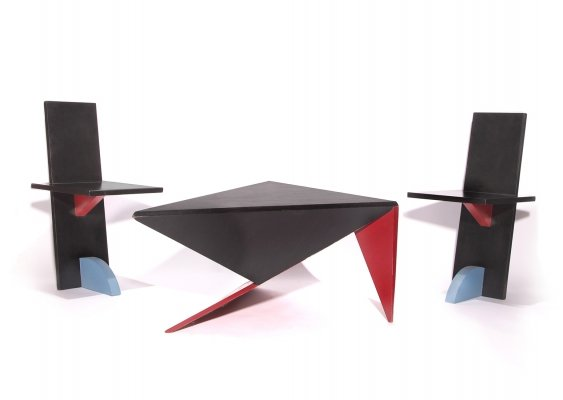 Post Modern Memphis Milano Style set Coffee Table With Two Chairs, 1980s