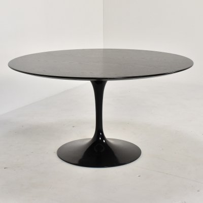 Tulip dining table with black ebonized oak top by Eero Saarinen for Knoll, 1992