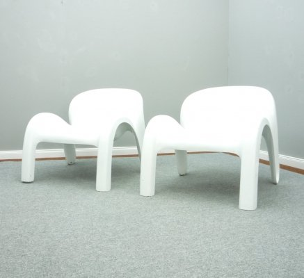 Pair of Space-Age Plastic GN2 Armchairs by Peter Ghyczy from Reuter, 1960s