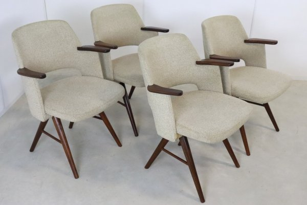 Set of 4 Pastoe dining chairs by Cees Braakman