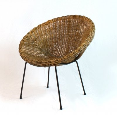 Round rattan lounge chair, Italy 60's