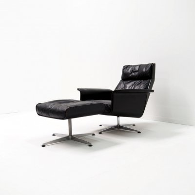'Siësta 62' chair by Jacques Brule for Kaufeld, Signed & dated
