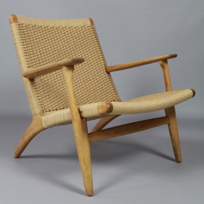 Early edition CH25 lounge chair by Hans J Wegner for Carl Hansen & Son