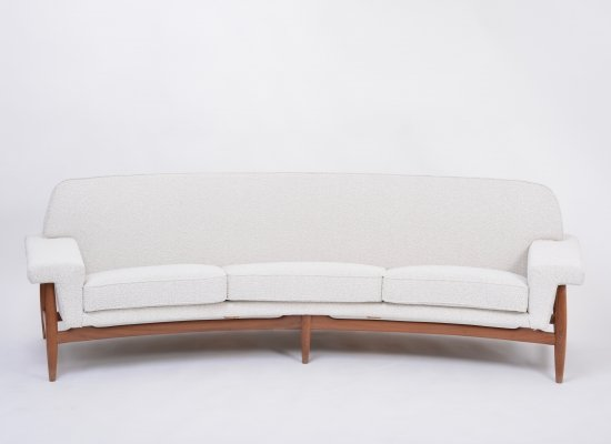 Large white Mid-century sofa by Johannes Andersen for Trensum
