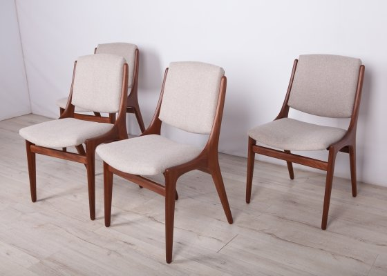 Set of 4 Dining Chairs by Johannes Andersen, 1960s