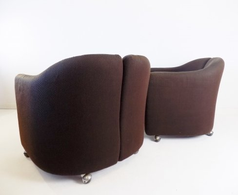 Tecno PS142 set of 2 lounge chairs by Eugenio Gerli