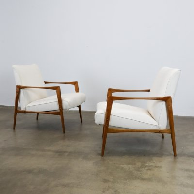 White mid century lounge chairs, 1960s